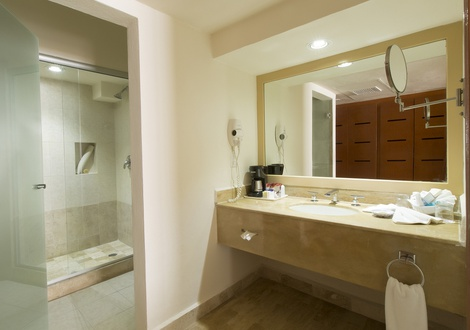 Golden Parnassus All Inclusive Resort & Spa - Baño Hotel Golden Parnassus All Inclusive Resort & Spa Cancún